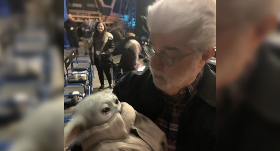 Star Wars: el momento en el que George Lucas conoció a Baby Yoda. (Foto: Jon Favreau)