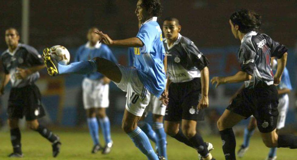 Sporting Cristal derrotó  a Olimpia, vigente campeón de la Recopa, en la Copa Libertadores 2004. (USI)