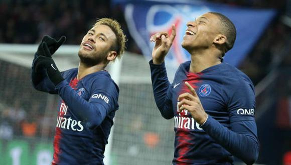 Neymar y Mbappé son compañeros de equipo en el PSG de la Ligue 1 de Francia. (Foto: Getty Images)