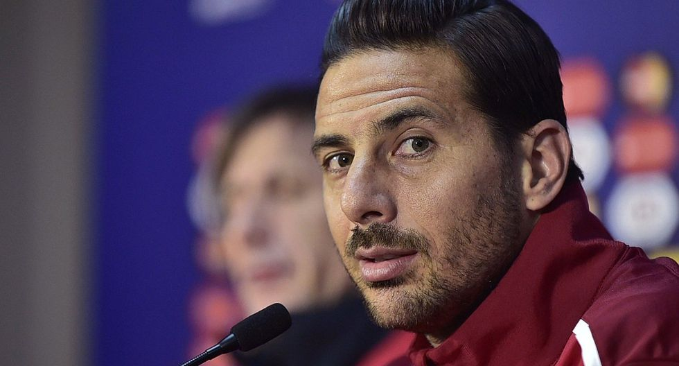 Claudio Pizarro colgará los botines con Werder Bremen. (Foto: GEC)
