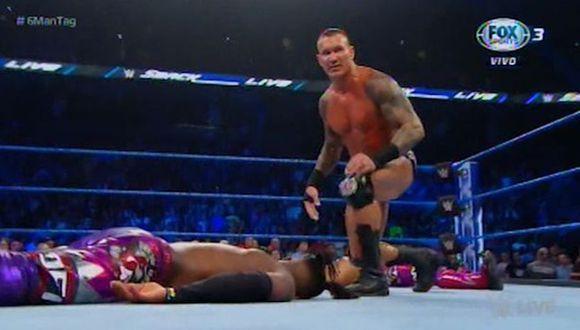 Randy Orton victorioso en SmackDown Live. (WWE)
