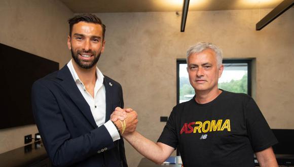 Rui Patricio firmó con la Roma hasta el 2024. (Foto: @OfficialASRoma)