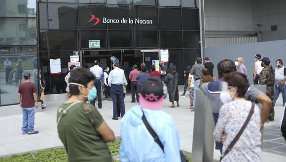 Las modalidades de pago del Bono 600 buscan evitar colas al momento de recibir el dinero. (Foto: Britanie Arroyo | GEC)