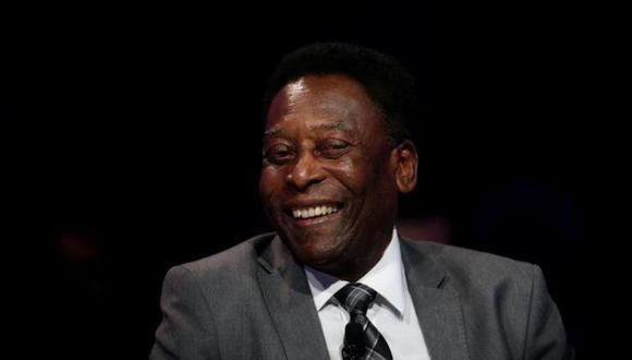 Pelé se sometió a una cirugía el día 4 de septiembre para la extracción de ese tumor. (Foto: EFE)