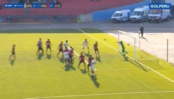 Carlos Cáceda generó asombro con impresionante atajada para evitar gol de UTC. (Captura)