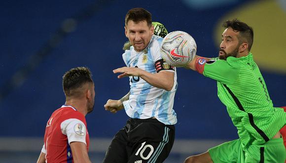 Argentina empató con Chile en el debut de la Copa América 2021. El partido fue válido por la primera fecha del grupo A que se jugó en Río de Janeiro. (Foto: AFP)