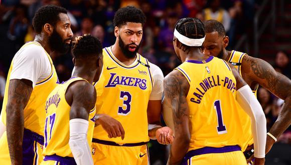 A qué hora Lakers vs Suns juegan y en qué canal ver el Game 3 de la Ronda 1 de los Playoffs de la NBA.