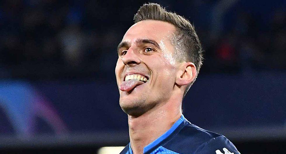 YouTube viral: mira el hat-trick de Arkadiusz Milik con Napoli en la Champions League.   Foto: AFP