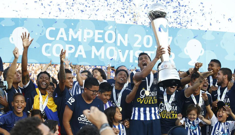 Alianza Lima logró el título del Descentralizado 2017 al ganar el Torneo Apertura y Clausura. (USI)