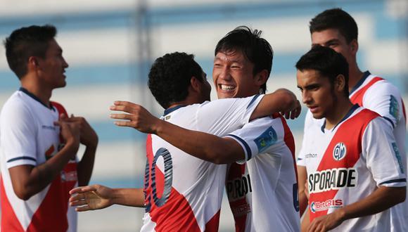 Masakatsu Sawa logró el ascenso el 2014 y ahora jugará la Copa Sudamericana. (USI)
