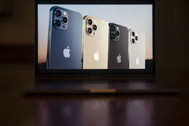 The Apple iPhone 12 Pro Max is unveiled during a virtual product launch. Photographer: Daniel Acker/Bloomberg