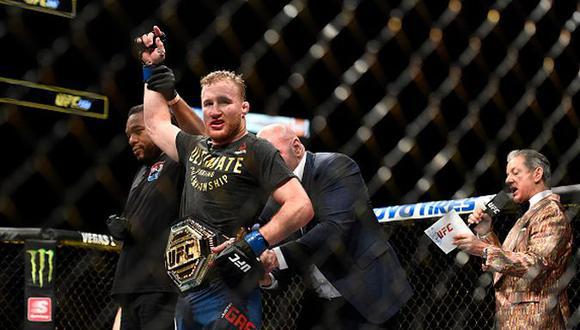 Justin Gaethje derrotó a Tony Ferguson y ganó el título interino de peso ligero en el UFC 249. (Getty Images)