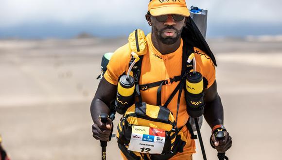 ¿Qué lleva en su mochila un ultramaratonista de trail para sobrevivir en el desierto. (Half Marathon des Sables)