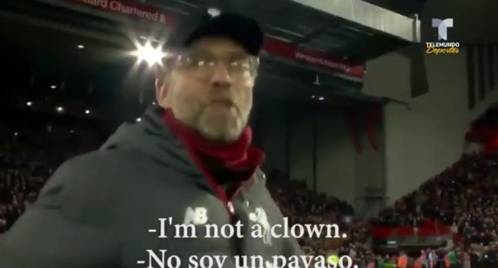 Jurgen Klopp y la reacción ante las cámaras para que haga de 'payaso' (NBC)