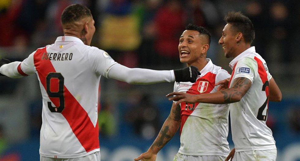 """La selección de fútbol de Perú jugará una final de Copa América después de 44 años, después de que el equipo """"inca"""" goleara 3-0 al bicampeón continental Chile contra todo pronóstico y ahora definirá el torneo continental contra el local Brasil. (Foto: AFP)"""